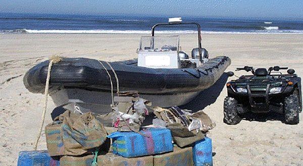 حجز أزيد من 300 كلغ من (الشيرا) على متن قارب سريع